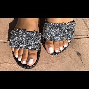 1bac9cd826 Shoes -    PRICE IS FIRM   Black Silver rhinestone sandal